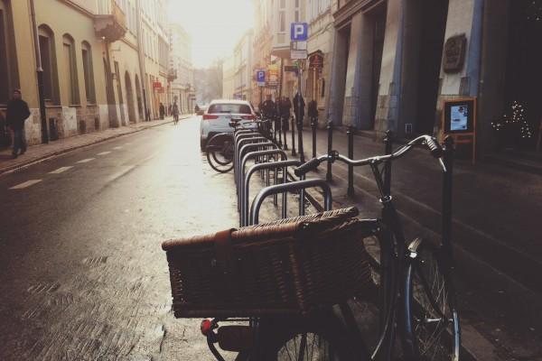 city-street-parking-bike